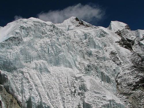 Nepal - Island Peak (Imja Tse)- Impressive glacier icefall below peak, Image by Flickr user mckaysavage