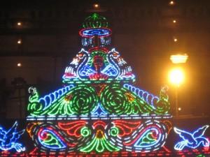 E claro, muitas luzes carregavam uma mensagem fosse de natureza social ou ambiental.