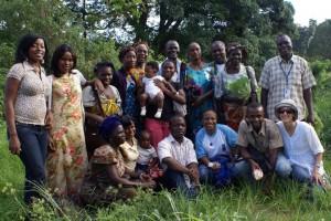 Grupo da oficina em Congo-Brazzaville. Foto publicada com permissão do Silence Speaks.