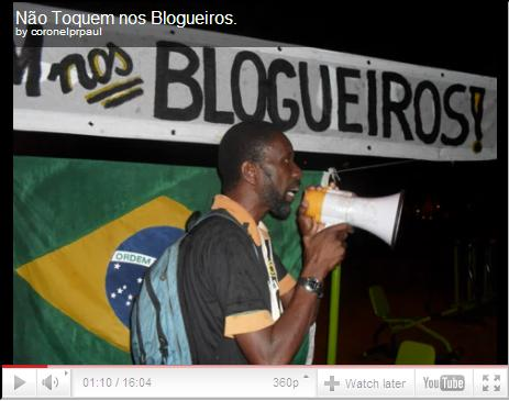 """Dont touch the bloggers"". A video of the protest on March 30 by coronelprpaulo on Youtube"