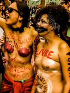 Free women, free bodies. Photo by Pedro Rennó, used with permission
