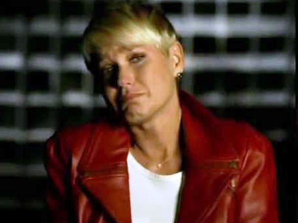 Screenshot of Xuxa in a dramatic moment of the interview