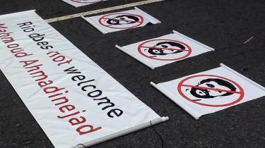 Manifestação contra Ahmadinejad no Rio de Janeiro, Junho 2012. Photo by Roitberg on Flickr (CC BY-NC-ND 2.0)