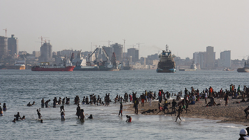 Luanda: Poverty vs Development. Photo by mp3ief on Flickr (CC BY-NC-SA 2.0)