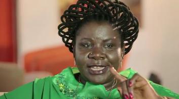 """Luísa Diogo, ex-Primeira Ministra de Moçambique, no documentário """"Mulheres Africanas - A Rede Invisível"""""""