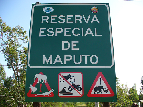 Signpost of the elephant reserve in Maputo. Photo by Leandro's World Tour on Flickr (CC BY 2.0)