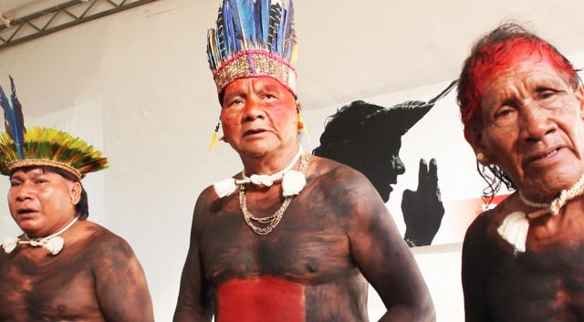 Indígenas Xavantes. Foto de Felipe Milanez, usada com permissão.