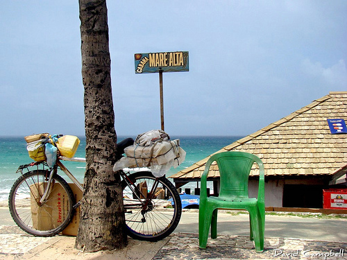 A bike in the neighborhood of Piatã, Salvador, Bahia. Photo by DavidCampbell_ no Flickr (CC BY-NC 2.0)