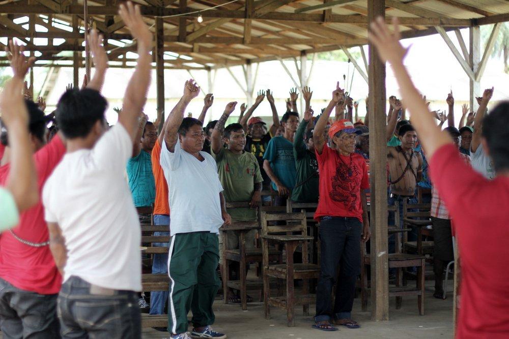 Assembleia Munduruku em Jacareacanga. Foto de Ruy Sposati, usada com permissão.