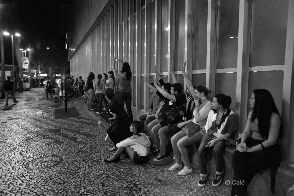 Police violence in Rio protests. Photo: Calé.