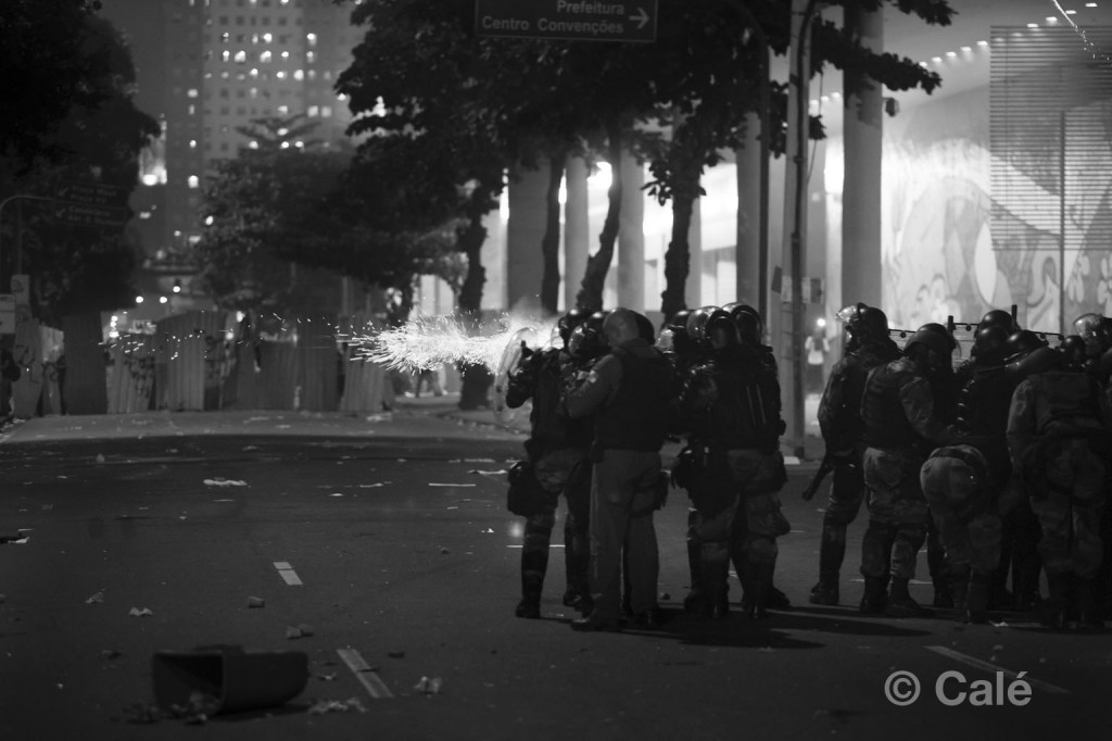 Protests in Rio end with violent police reaction