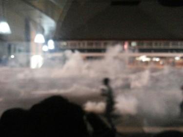 Bombas de efeito moral na Avenida Paulista Foto: Lais Peterlin/http://oquenaosainatv.tumblr.com