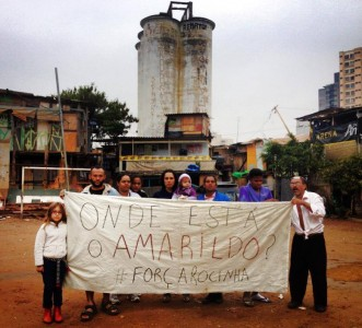 Residents of Favela do Moinho demonstrating their solidarity. Picture: Caio Castor, used with permission.