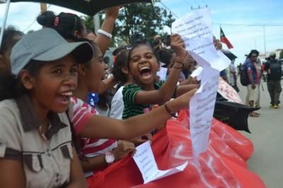 Protesto em Timor-Leste contra o 'regresso do colonialismo'. Página do Facebook de Mario Amaral
