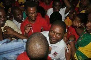 Nyussi após a eleição do Comité Central da Frelimo. Primeira foto partilhada na nova página de Facebook do candidato.