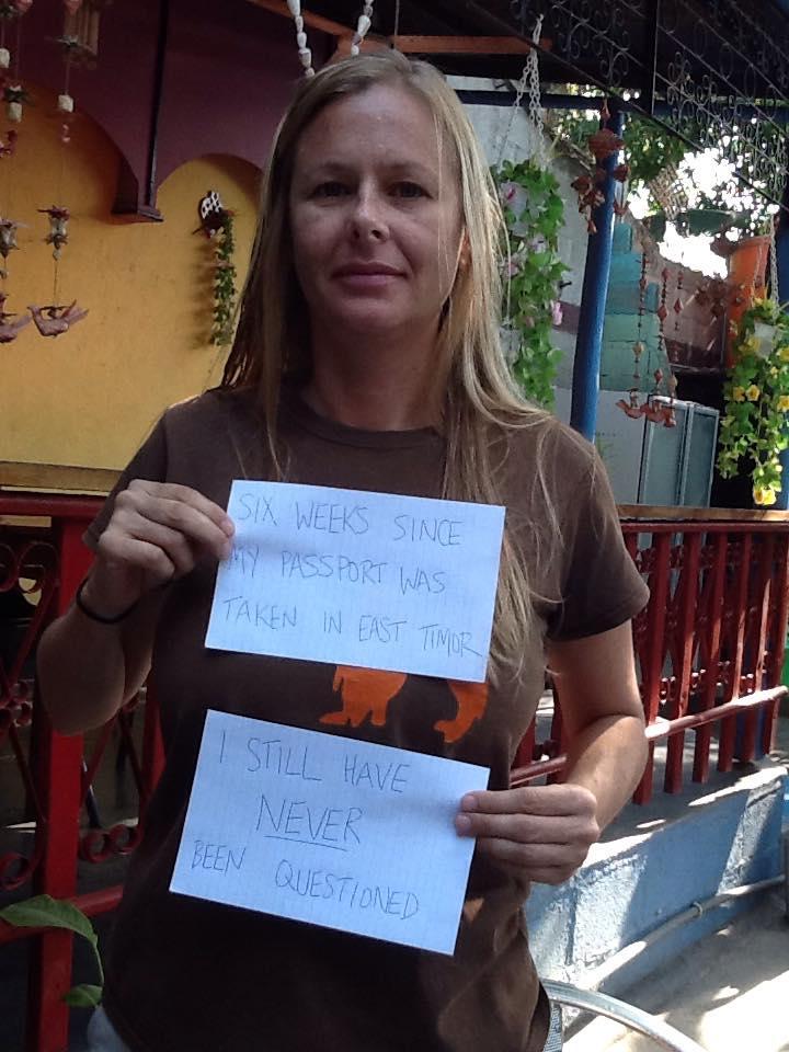 Stacey Addison detida em Timor-Leste.