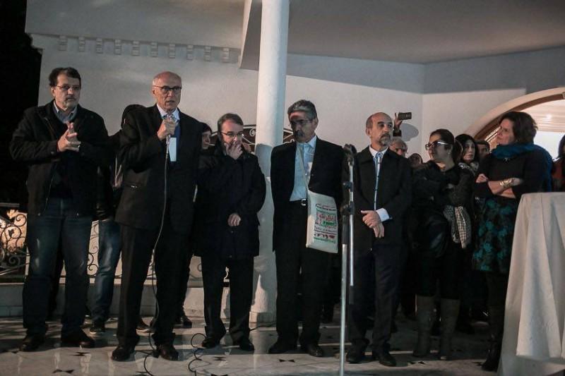 A comitiva brasileira no FSM em Túnis é a terceira maior. O secretário de Eduardo Suplicy ao microfone. Reprodução/Facebook