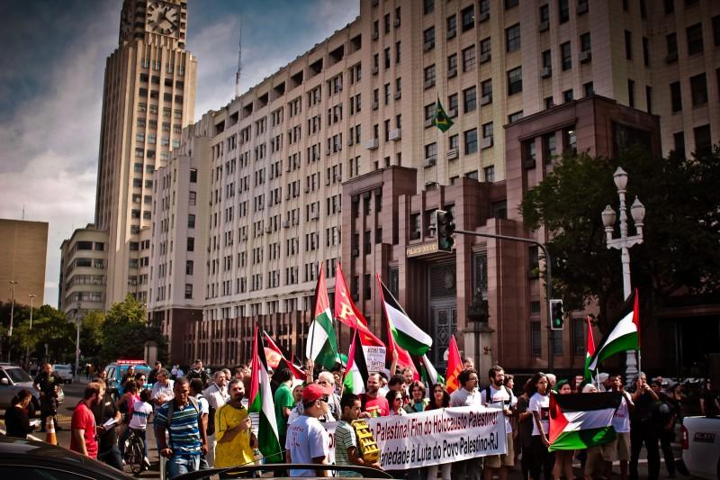 Ato/Campanha em Solidariedade ao Povo Palestino no Rio de Janeiro. Foto: Mídia Ninja/Flickr  CC BY-NC-SA 2.0