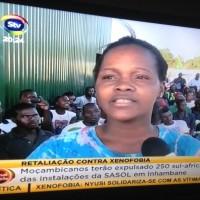 Trabalhadora da empresa SASOL onde os sul-africanos foram expulsos,  na província de Inhambane, Foto: captura de tela/Dércio Tsandzana