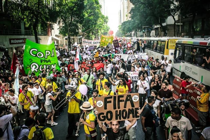 Ato no Rio de Janeiro contra a Copa. Foto: Mídia Ninja/Flickr, CC-BY-NC-SA