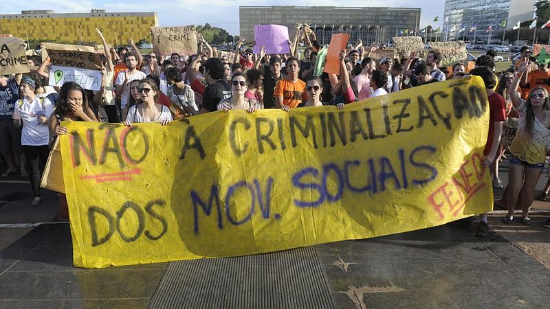 35º Encontro da FENED (Federação Nacional dos Estudantes de Direito), em Brasília, 24 de julho de 2014. Manifestação contra a criminalização dos movimentos sociais. Foto: Jefferson Rudy/Agência Senado/Flickr CC-BY-2.0