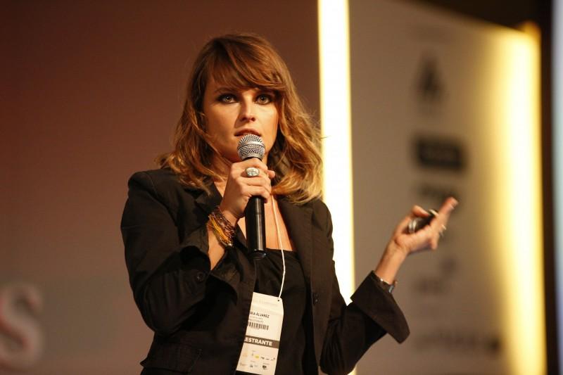 Glória Álvarez, a estrela da juventude latino-americana. Foto: Fernando Conrado/Divulgação