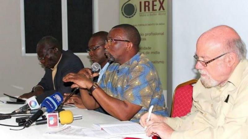 Debate pela liberdade de imprensa e de expressao. Foto: IREX