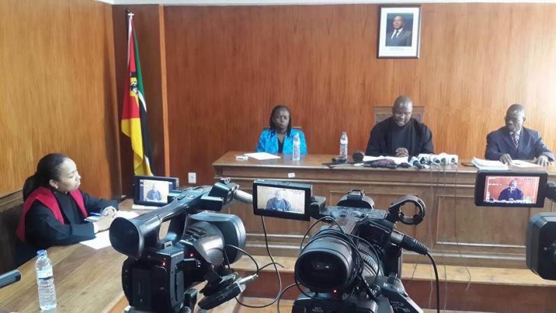 Tribunal Judicial de Maputo durante a leitura da sentença. Foto: Taissone/IREX-Moçambique