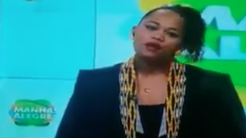 """Captura de tela do programa """"Manhãs Alegres"""" apresentado por Yara da Silva."""