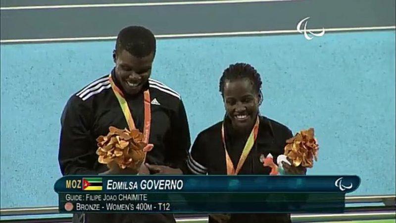 Edmilsa Governo com o seu guia Filipe João Chaimite medalha de Bronze dos Jogos Paralímpicos do Rio de Janeiro 2016- Foto: Cedida por Edmilsa Governo