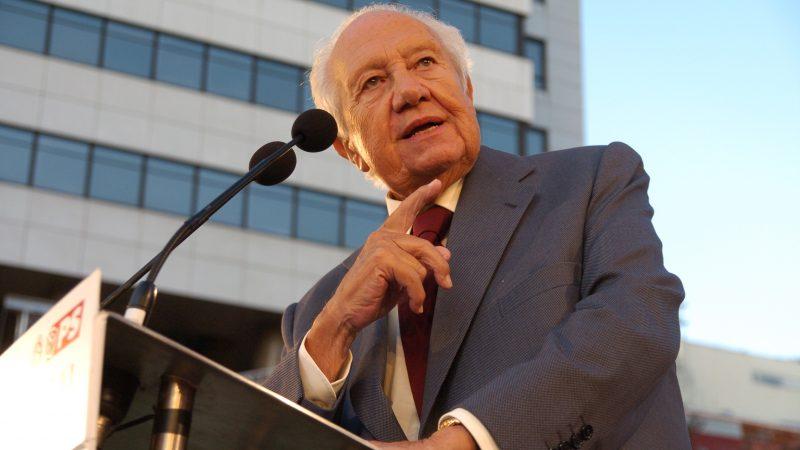 Mário Soares, ex-Presidente da República num comício de apoio ao socialista José Sócrates em 2009. Foto: Manuel Ribeiro /Arquivo