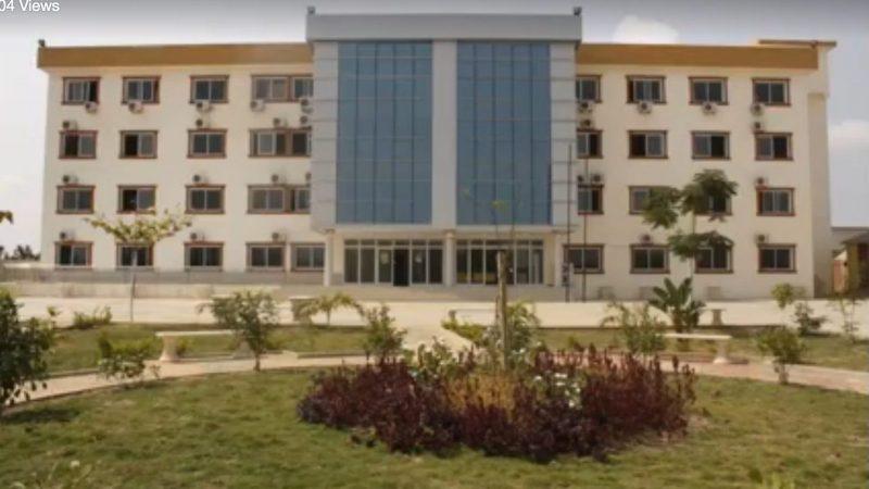 """Colégio Esperança Internacional, connu sous le nom de """"collège turc"""" a été obligé d'arrêter ses activités par les autorités angolaises, le 10 Février. Image: Capture d'écran / Facebook"""