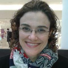 Um retrato de Renata Munday