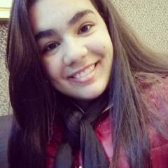 Um retrato de Bianca Santos
