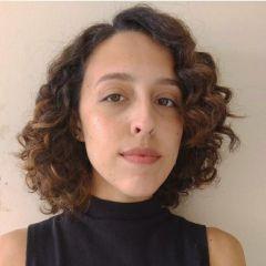 Um retrato de Mariana Reis